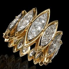 18kt Yellow Gold Diamond Ring, CARTIER, London, c. 1970s, 51 round brilliant cut diamonds est. 2.50cts