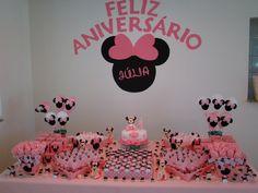 Centro de Mesa:       Mesa do bolo: