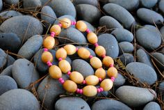 Vintage+Wood+Bead+Choker+and+Bracelet+Set++Natural+by+Thumbelyna,+$10.20