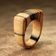 Flat Top lune pâle anneau de bois
