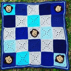 Baby blanket for a new baby boy! Monkeys were added for the year of the monkey.  #crochet #crochetaddict #crochetblanket #crochetersofinstagram #babyboy by kellycrochetcreation