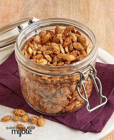 Spice up your Halloween celebration with some roasted pumpkin seeds! These easy Savoury Roasted Pumpkin Seeds are even perfect for a midday snack. Dog Food Recipes, Cooking Recipes, What's Cooking, Pumpkin Seed Recipes, Roasted Pumpkin Seeds, What To Cook, Spice Things Up, Cravings, Cooking