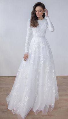 Wedding gowns with sleeves - white long sleeves birdal dress applique tulle jewel wedding dress party dress evening dress full length prom – Wedding gowns with sleeves Wedding Dress Tea Length, White Lace Wedding Dress, Wedding Gowns With Sleeves, Stunning Wedding Dresses, Long Wedding Dresses, Long Sleeve Wedding, Bridal Dresses, Elegant Dresses, Dress Wedding