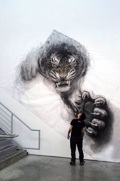This tiger really pops off the wall don't you think?
