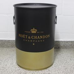 Moët Chandon #moetchandon #industrialdesign #barril #rebecaguerra #lata #decoração