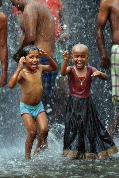 | Dancing in the rain | Kids | Happiness | Simple Joys |