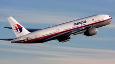 Malaysia Airlines Boeing 777 with 295 people shot down in Ukraine Kunming, Kuala Lumpur, Radios, Unexplained Disappearances, Malaysian Airlines, Boeing 777, Airline Flights, Conspiracy Theories, Madagascar