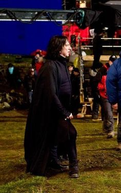 Alan Rickman a Professor Severus Snape ... ... between scenes, possibly of DH-part 2