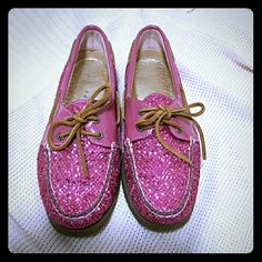 Sparkly Pink Sperrys Fabulous sparkly boat shoes for the summer! Make a fun statement with these! Soooo cute and preppy! In excellent condition! Make me an offer! Sperry Top-Sider Shoes