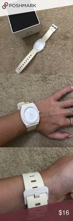 White rubber Nixon watch White and cream color Nixon watch in good condition! Rubber band and clean white face. Nixon Accessories Watches