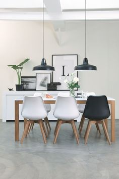 Nicest Interiors — black and white dining area Decor, Interior Design Living Room, Dining Room Design, Dining Room Inspiration, Interior, Modern Room, Home Decor, House Interior, Scandinavian Interior Kitchen