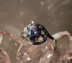 'Gorgeous Amethyst Ring 7' is going up for auction at  5pm Tue, Mar 26 with a starting bid of $5.