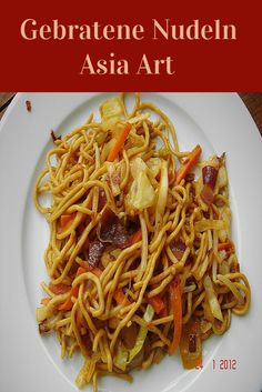 Gebratene Nudeln Asia Art Fried noodles Asia Art, a very nice recipe from the category poultry. Noodle Recipes, Pizza Recipes, Cooking Recipes, Asian Recipes, Healthy Recipes, Ethnic Recipes, Chinese Recipes, Kimchi, Chimichurri
