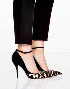 Paul Andrew Snowcat Bouchara Stiletto Pointed Court Shoes