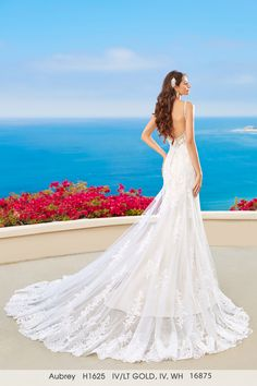 Kittychen Couture UK bridal Gown