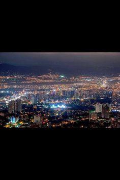 Guatemala City, Guatemala Central America. Ciudad De Guatemala, Centro America.