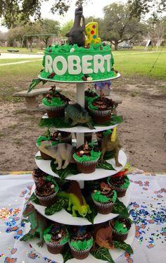 New Birthday Cake Boys Dinosaur Simple Ideas Park Birthday, 4th Birthday Parties, Birthday Fun, Birthday Party Decorations, Birthday Ideas, Third Birthday, Dinasour Birthday, Dinosaur Birthday Cakes, Dinosaur Cupcakes