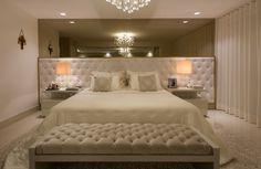 27 Trendy Ideas For Bedroom Hotel Classic Inspiration Dream Bedroom, Home Bedroom, Modern Bedroom, Master Bedroom, Bedroom Furniture, Interior Design Living Room, Living Room Designs, Guest Bedroom Decor, Rich Home