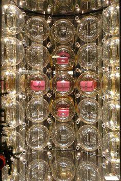 Valentino, Fbg St Honoré, Paris, Dec 2013 Great way to display purses, hhats, shoes...