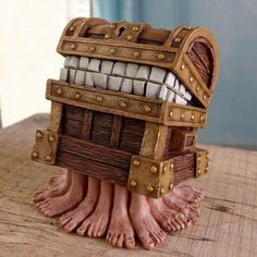 Official Discworld figurine of Rincewind's homicidal box on legs from Terry Pratchett's The Colour of Magic and The Light Fantastic! Discworld Books, The Colour Of Magic, Halloween Yard Art, Terry Pratchett Discworld, Lights Fantastic, Bullet Journal Art, I Love Books, Pebble Art, Book Stuff