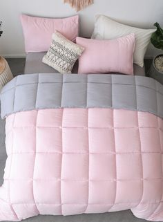 Kasentex All Season Down Alternative Quilted Comforter Set with Sham(s) - Reversible Ultra Soft Duvet Insert Hypoallergenic Machine Washable. Add the right amount of warmth and color to your bedroom with Kasentex Comforter Set. Fluffy Comforter, Pink Comforter, Twin Comforter Sets, Bedding Sets, Cute Bedroom Ideas, Girl Bedroom Designs, Comfy Bedroom, Bedroom Decor, Decorating Rooms