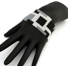 Pattern Solid Squares Narrow Beaded Bracelet Peyote