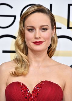 """The Best Beauty Looks from the 2017 Golden Globes We loved Brie Larson's look! """"I wanted Brie's look to be classic beauty with a powerful lip, smoky eyes and flawless skin,""""explains makeup artist Rachel Goodwin, who used NARS products on Larson.""""The deep, matte red lip plays off the color of her Rodarte dress."""""""