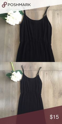 F21 sundress F21 sundress. Worn only a few times. Medium but probably fits more like a Small. 100% rayon. Black Forever 21 Dresses Midi