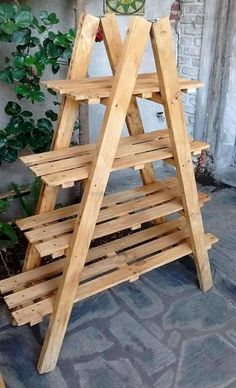 Adorable 45 Awesome DIY Wooden Palette Furniture Remodel Ideas https://insidedecor.net/07/45-awesome-diy-wooden-palette-furniture-remodel-ideas/