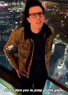 Ohhh look at his face. He looks like someone just said ' jump in the fire' Danisnotonfire, Amazingphil, Phan Is Real, Dan And Phill, Phil 3, Tyler Oakley, Phil Lester, Dan Howell, Markiplier