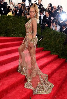 Beyoncé Out Nakeds Everyone at the Met Gala - ELLE.com
