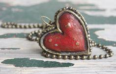 Antiqued moulded papier mache Red Heart