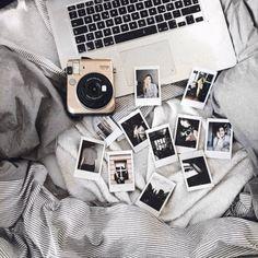 Acheter le Fujifilm - Appareil photo Instax Mini 70 doré et plus Fujifilm - Appareil photo Instax Mini 70 doré chez Urban Outfitters. Lire les commentaires des clients, découvrez les détails du produit et plus encore.