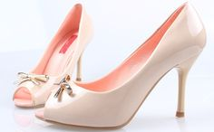 high heel sandals, high heel shoes for girls, heel sandals pictures Kid Shoes, Cute Shoes, Me Too Shoes, Shoes Heels, High Heels For Kids, Black High Heels, Pageant Shoes, Barbie Shoes, Online Shopping Shoes
