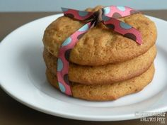Gluten AND Sugar Free Almond Cookies... just for the kids!