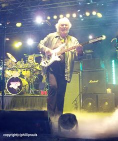 Chris Squire - Yes - Rickenbacker 8-string 4001 bass