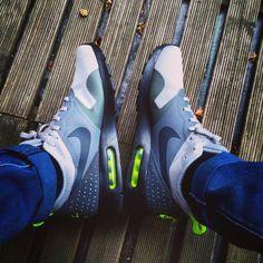 Nike Sportswear Air Max Tavas Sneaker Wolf Grey White