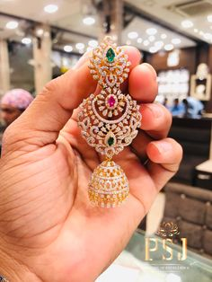 Beautiful gold earrings with jumkhi hangings Earring studded with Diamond Earrings Indian, Gold Jhumka Earrings, Indian Jewelry Earrings, Gold Earrings Designs, Gold Jewellery Design, Ear Jewelry, Stone Earrings, Necklace Designs, Fine Jewelry