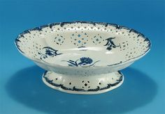 RARE FIRST PERIOD WORCESTER RETICULATED FOOTED CENTERPIECE (England, c1775) *Click to read about the history and see more detailed images*