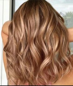 Gingerbread Caramel Hair is Going to Be Huge This Fall - VIVA GLAM MAGAZINE™