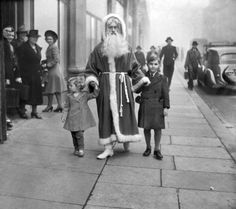 14 november, 1941:  war or no war, london stores are determined to have their usual pre-war christmas season