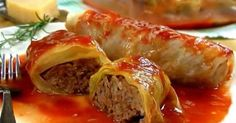 This Cabbage Rolls Recipe is the best ever. Made with simple ingredients and a hearty and flavorful tomato sauce, watch the video now. Best Cabbage Rolls Recipe, Cabbage Rolls Polish, Easy Cabbage Rolls, Cabbage Recipes, Top Recipes, Cooking Recipes, Easy Recipes, Boiled Cabbage, Enchiladas
