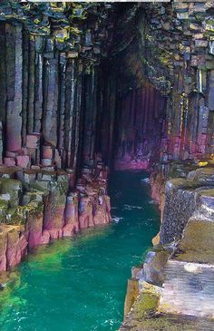 columnar basalt on the icelandic coast Séjour insolite. Version Voyages…