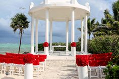 Elegant red and white wedding ceremony (Photo by FineArt Photography) Hotel Wedding, Wedding Ceremony, Grand Palladium Riviera Maya, Red And White Weddings, Destination Wedding Photographer, Fine Art Photography, Real Weddings, Backdrops, Decorations