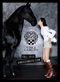 publicité Vince Camuto #cheval