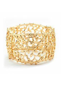 #Golden #LuckOfTheIrish #StPattysDayStyle <3 www.weddingworthy.com <3