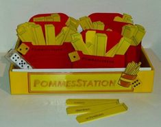 Montessori, Form, School, Stark, Sentence Building, Spelling, Red Paper, German Grammar