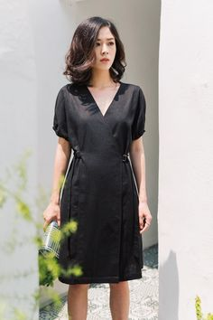 Black And White Shirt, Short Sleeve Dresses, Dresses With Sleeves, Cute Dresses, Shirts, Outfits, Fashion, Pretty Dresses, Moda