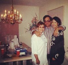 Selena & her parents