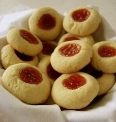The Missing Flavor: Guava and tapioca thumbprint cookies Comida Latina, Gluten Free Treats, Gluten Free Baking, Puerto Rican Bread Recipe, Pastry Recipes, Cookie Recipes, Guava Pastry, Pasta Recipes Indian, Comida Boricua